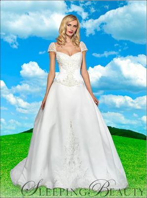 disney_weddingdress_sleepingbeauty_3
