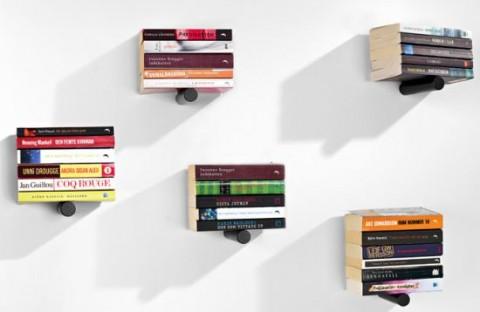 Me Wantz Piniwini Bookshelf